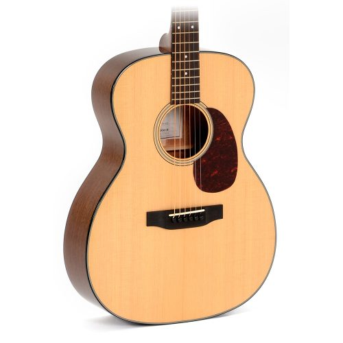 AMI 000M-18 Acoustic Guitar